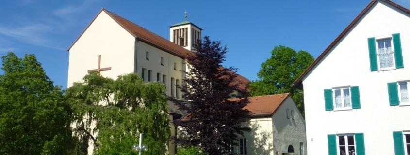 St. Barbara mit Pfarrbüro