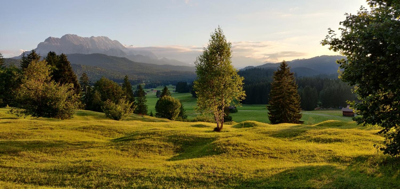 Urlaub - Hochstraße zwischen Krün und Mittenwald